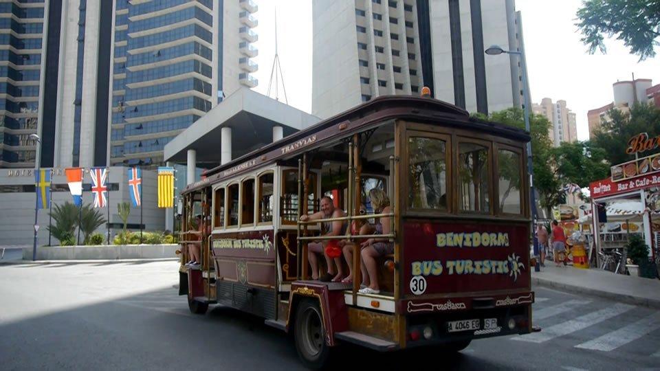 https://www.excursionesbenidorm.com/images/stories/benidorm-bus-turistic/gallery/Benidorm-Tourist-Bus-7.jpg